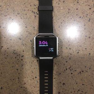 Accessories - Fitbit Blaze Smart Fitness Watch (Size small)